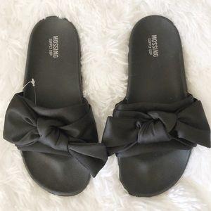 {Mossimo} Black Bow Slides